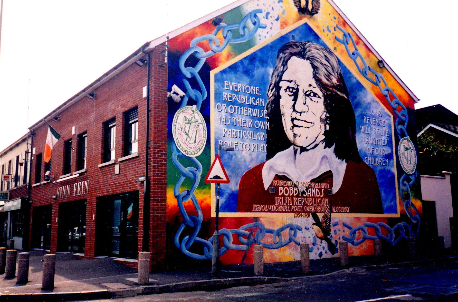 Bobby sands mural in belfast maryann adair 39 s 39 is it art for Bobby sands mural