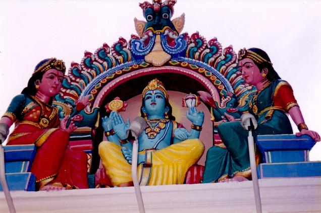 Sri Mariamann Hindu Temple - Singapore Detail