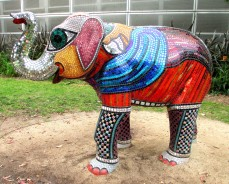 Deborah Halpern, Mali, mosaics, sculpture, Australian artists, is it art?