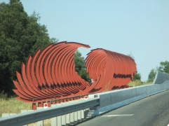 Peninsula Link Freeway Sculpture, is it art?