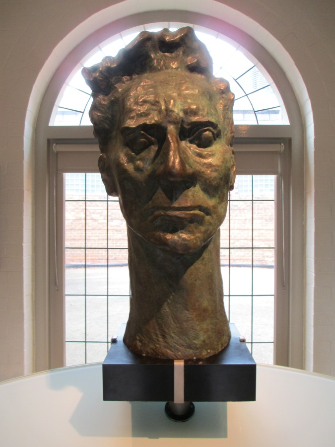 Percy Grainger head bust, Grainger Museum, Percy Grainger, Is it art?
