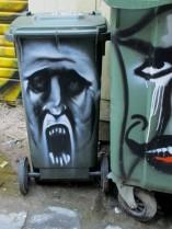 howling bin